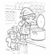 Карлик нос на кухне