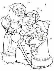Дед и Снегурочка лепят снеговика