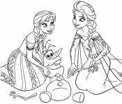 Эльза и Анна лепят Олафа