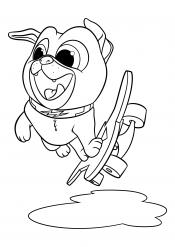 Мопс на скейтборде
