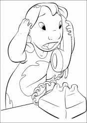 Лило болтает по телефону
